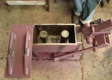 Пресс ручной для производста кирпичей 11